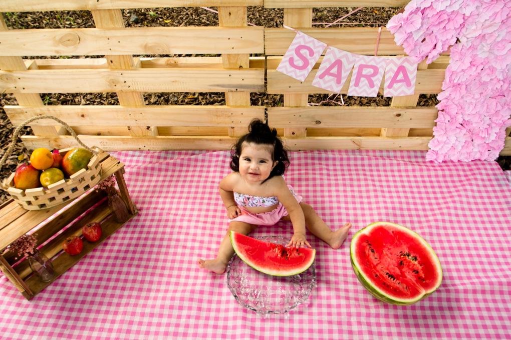 Ensaio Smash The Fruit, aline paim fotografia, ensaio externo, fotografia de familia, fotografo em joinville, ensaio rustico, ensaio com frutas