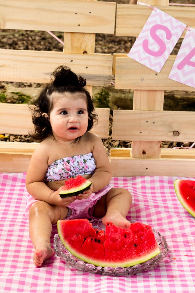 Ensaio Smash The Fruit, aline paim fotografia, ensaio externo, fotografia de familia, fotografo em joinville, melancia