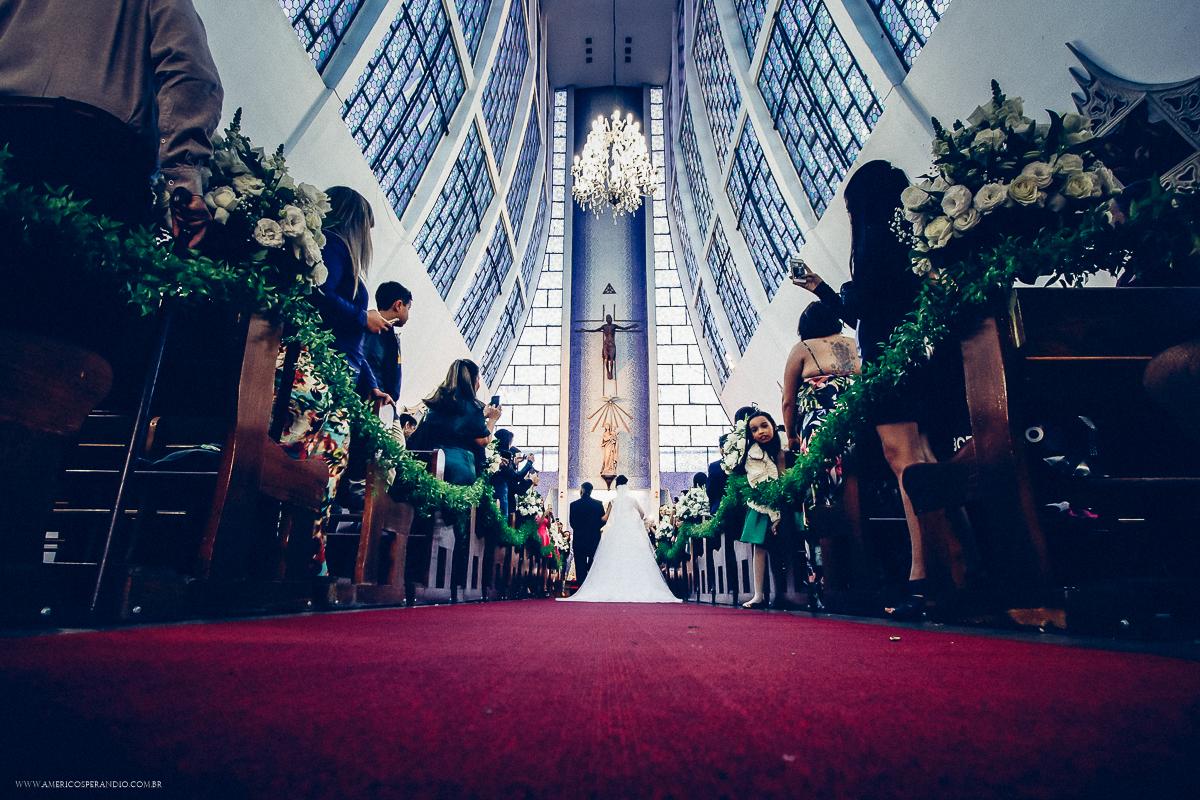 vestido de noiva, buque para noiva, igreja santissima virgem, paroquia santissima virgem, fotos de casamento, casamento na santissima virgem, americo fotografo, americo sperandio, fotos de casamento ABC, fotografo são paulo, fotos dos noivos, pai d