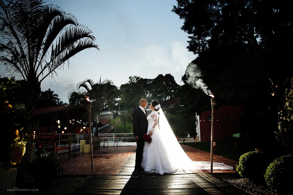 Chacara Recanto do Sol, americo sperandio, fotos de casamento, buque vermelho, terno para noivo