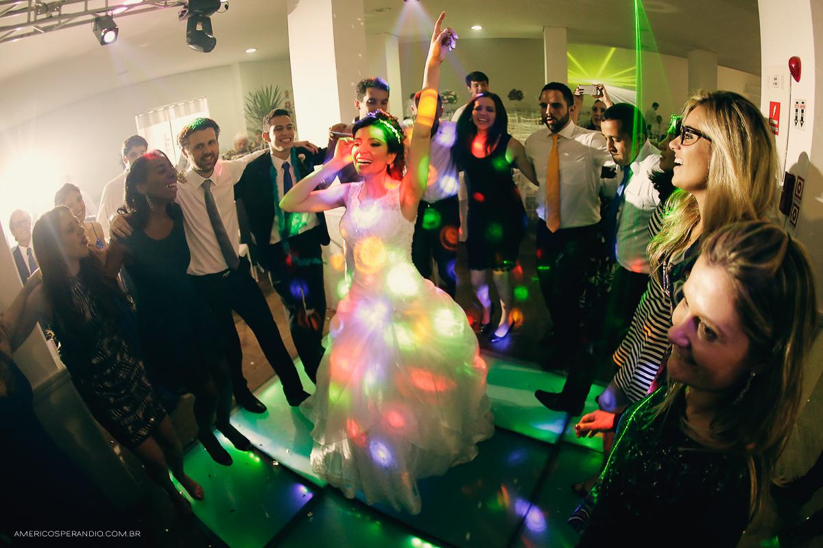 Sorocaba, fotografia de casamento, americo sperandio, foto dos noivos, wedding, São Paulo, fotografo de casamento São Paulo, São Paulo-SP, fotojornalismo em casamento, roupa do noivo, vestido de noiva, decoração para cas