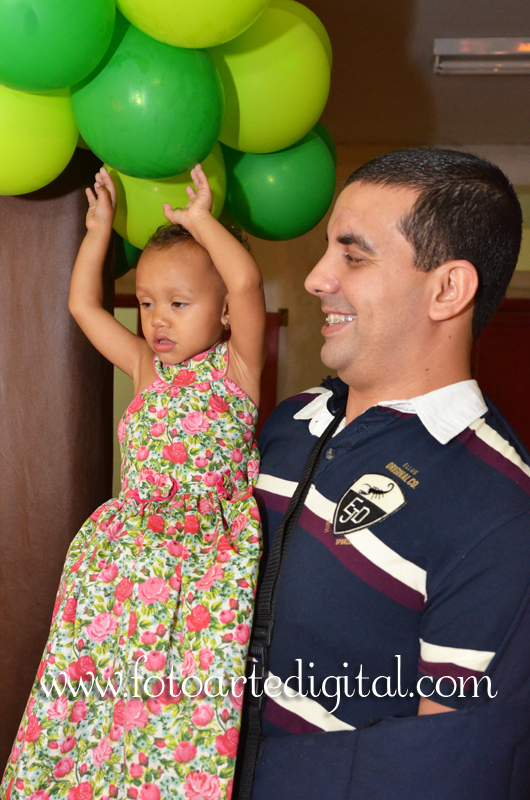 Foto de 6 Anos de Aghata e 2 Anos de Melissa
