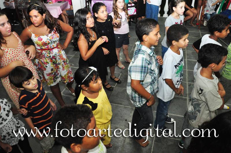 Foto de 10 anos da Maria Eduarda e 6 anos da Ana Clara
