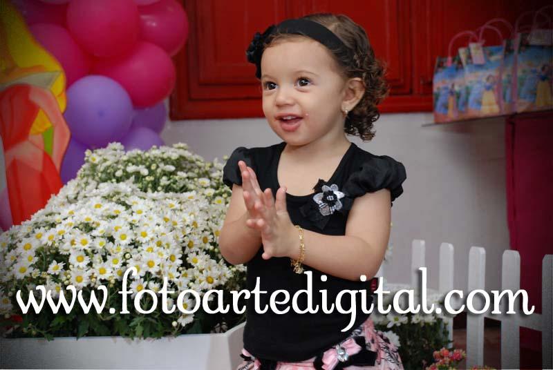 Foto de 2 Anos de Isabela