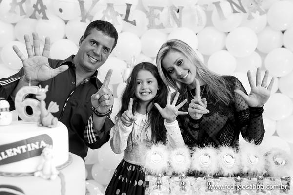 Festa Infantil de Aniversario Valentina 6 anos - Tema : Doutora Brinquedos