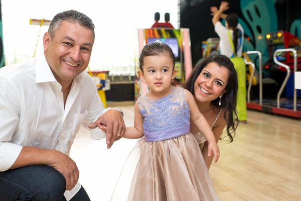 Festa Infantil de Anversário Giovana 3 anos ; Princesa Sofia