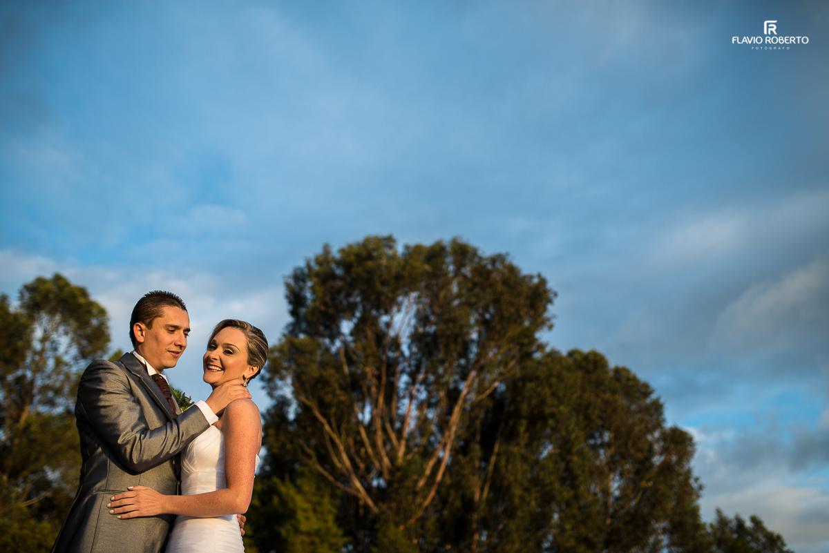recém casados e felizes