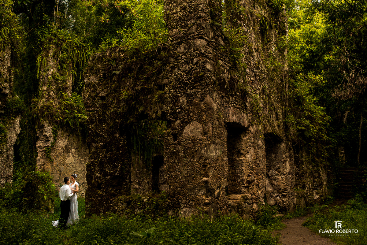 trash the dress ruinas de lagoinha