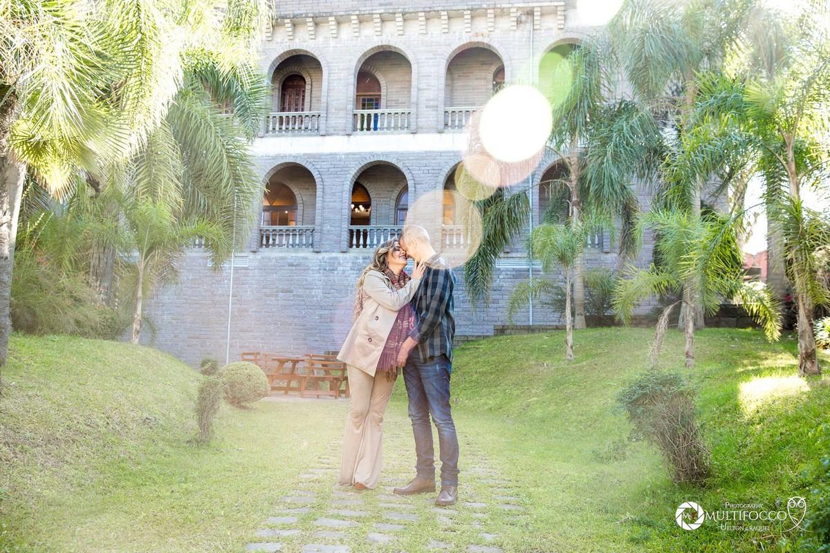 #ensaioembentogonçalves #casalnamorados #felizesadois #casandoembrasilia #euqueromecasar #noivadebrasilia #noiva #fotografodecasamento #lapisdenoiva