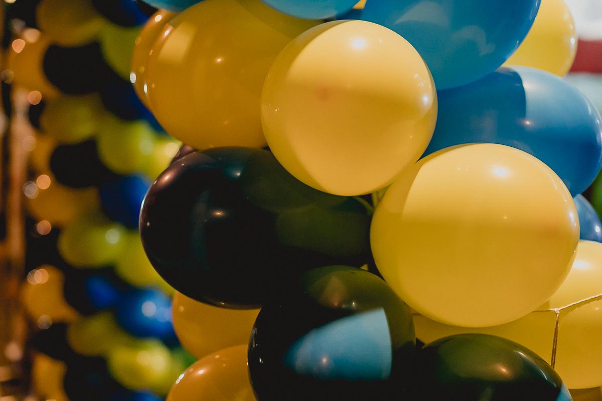 baloes na frente do buffet space park localizado em sao bernardo do campo sp