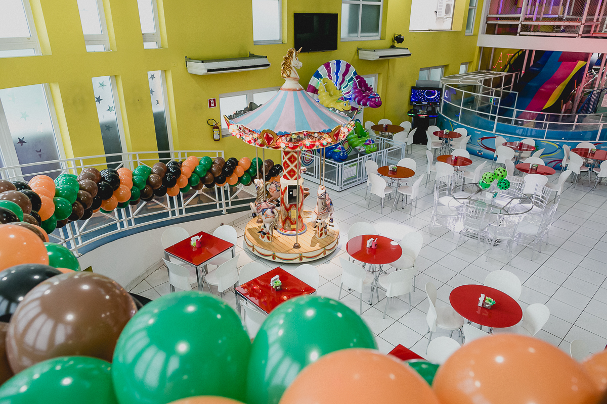 interior do buffet star kids