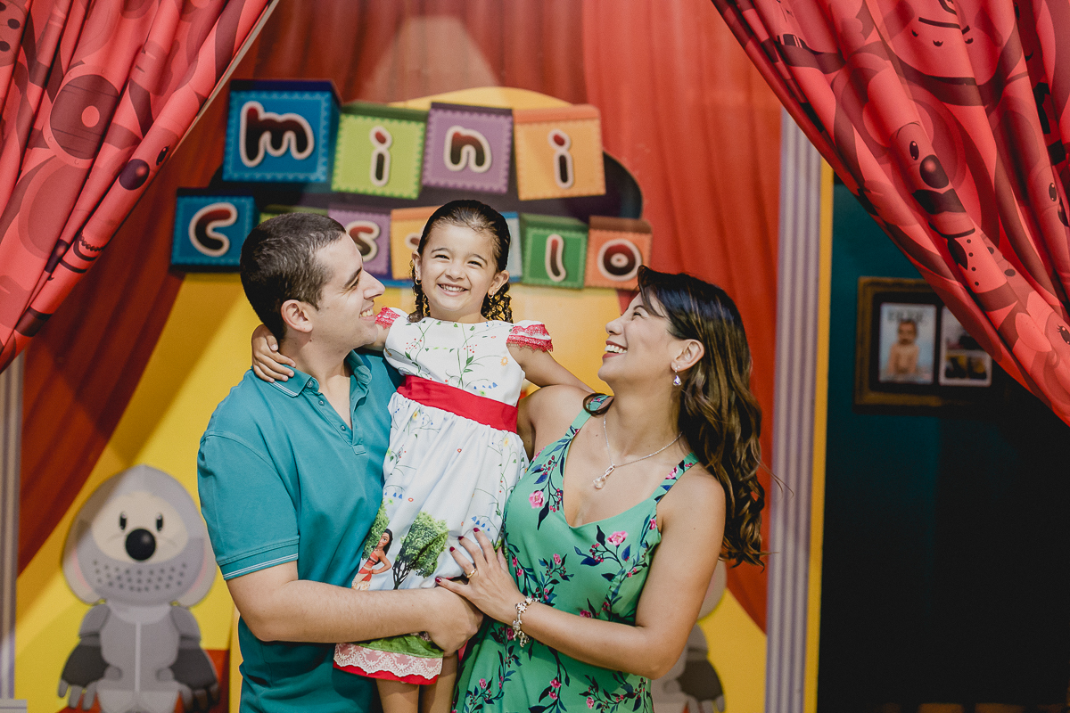 retrato em familia no castelo do buffet miniland