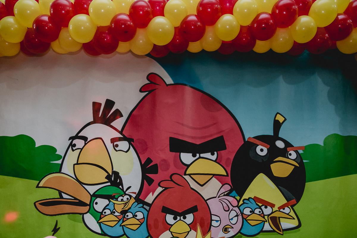 Mesa do Angry Birds na festa de 6 anos do Samuel no Espaço Diversão e Arte - Zona Norte - SP