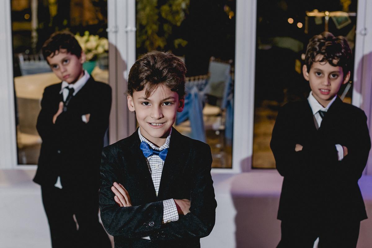 Amigos e irmão da Renata na festa de 15 anos