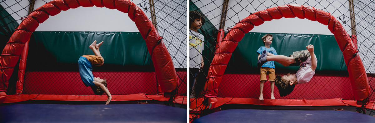 Pedro e primo brincando no pula e dando mortal