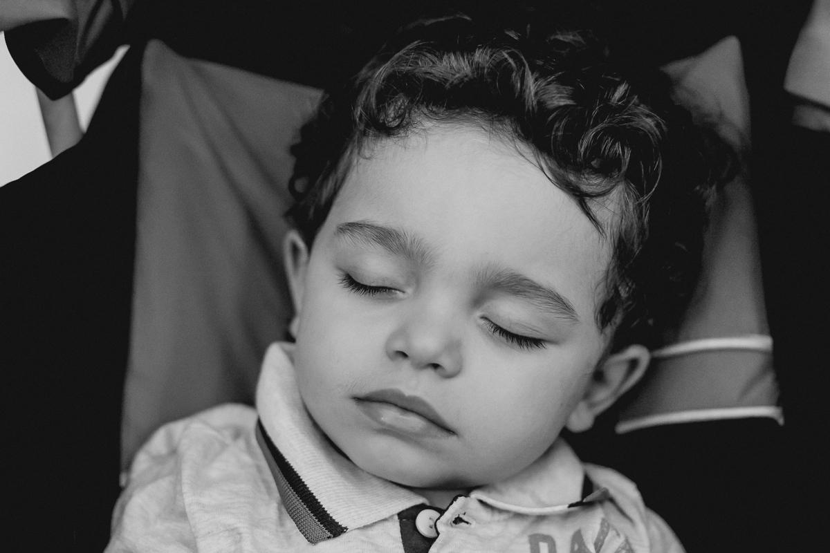 Amiguinho dormindo na festa de 1 ano do Matheus