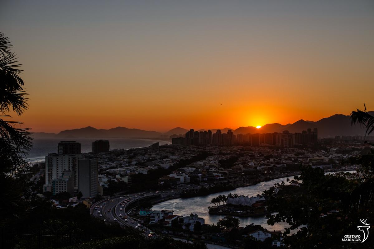 Paisagem do por do sol do rio de janeiro visto do alto do Joãonoiva se