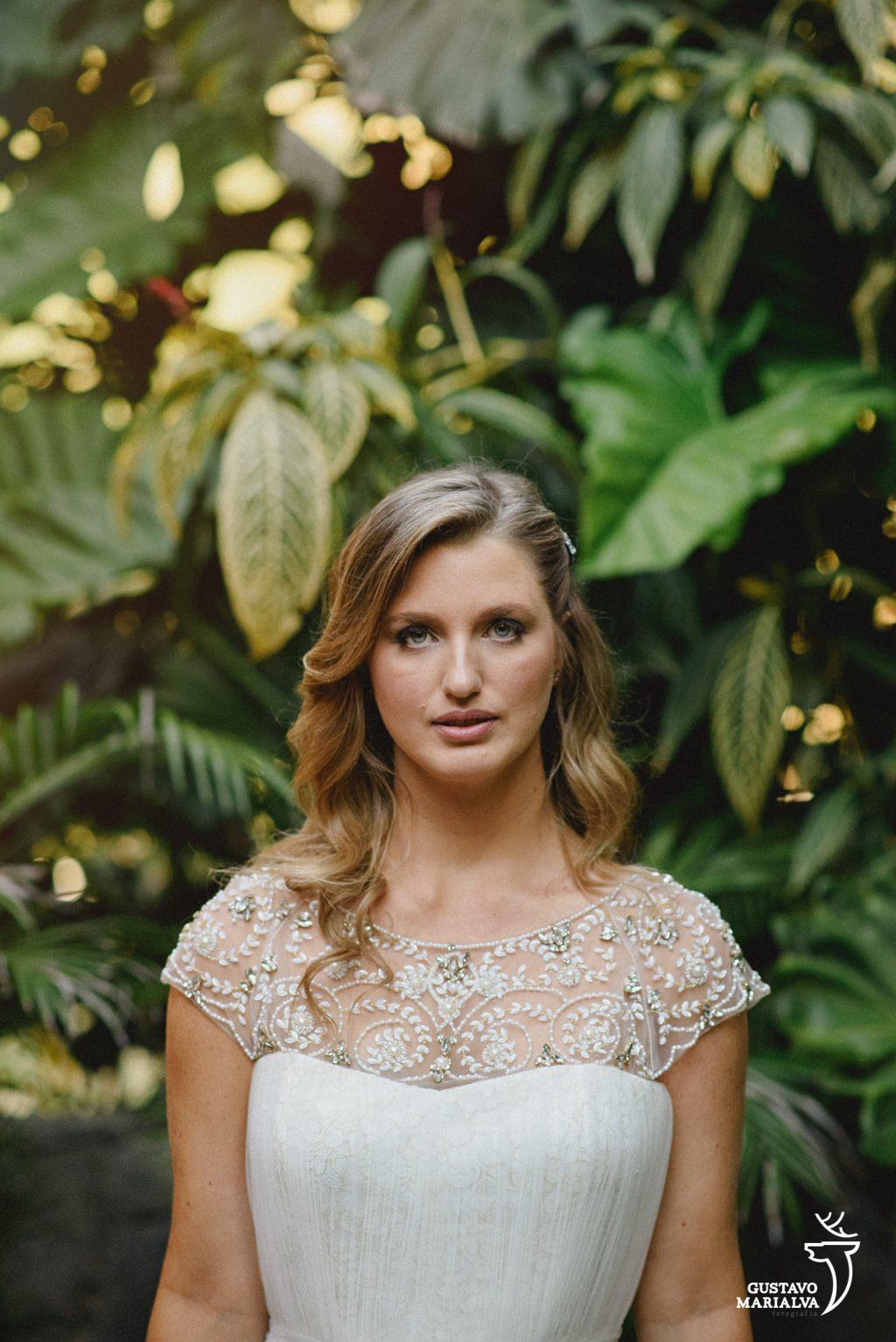 retrato da noiva durante making of de casamento