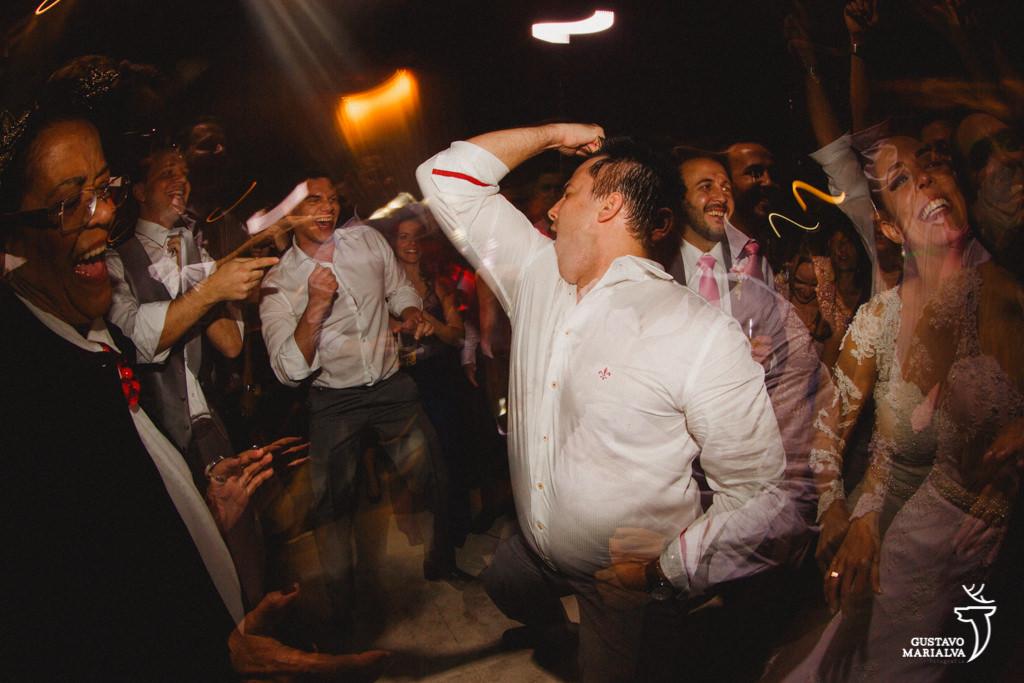 padrinho dançando funk