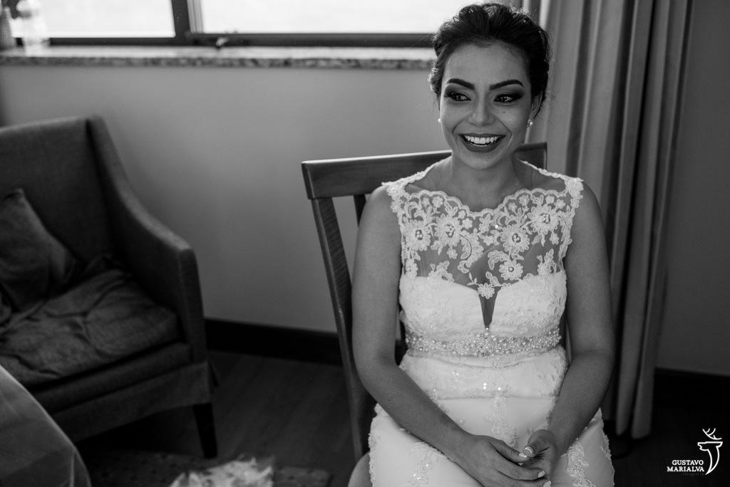 noiva chorando no making of do casamento