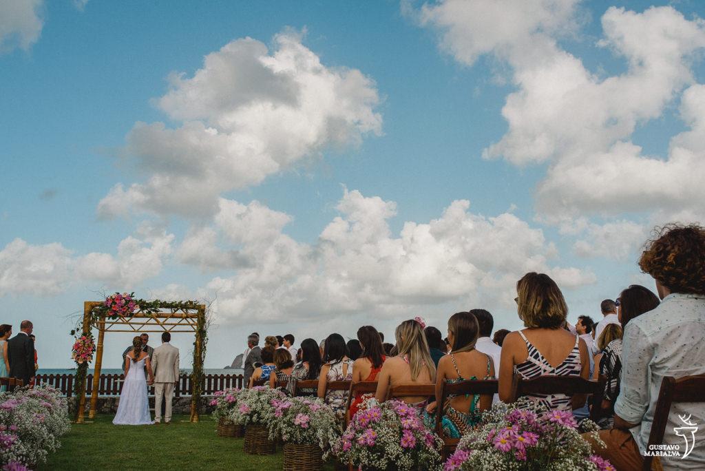 cerimônia de casamento no seaside paradise em búzios