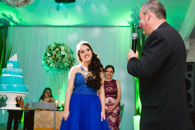 Fifteen de Larissa Vidal - 15 anos