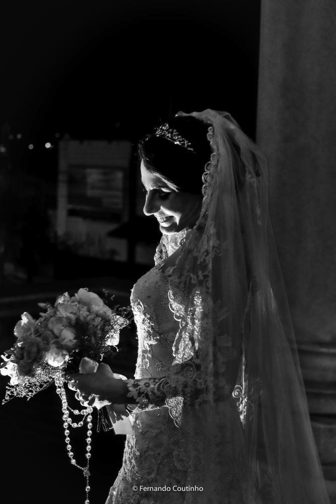 cena de casametno em imagens de video com qualidade full hd esta gravaçao do filme do casamento ficou muito bacana.
