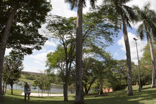 Fotografia Campinas ensaio fotografico pre wedding casal braciele e diego na cidade de jaguariuna no hotel fazenda duas marias