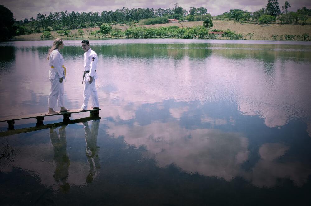 fotografia ensaio fotografico noivos de kimono treinam lago hotel fazenda duas marias jaguariuna sao paulo fotografo casamento campinas fotografia casamento campinas valinhos vinhedo