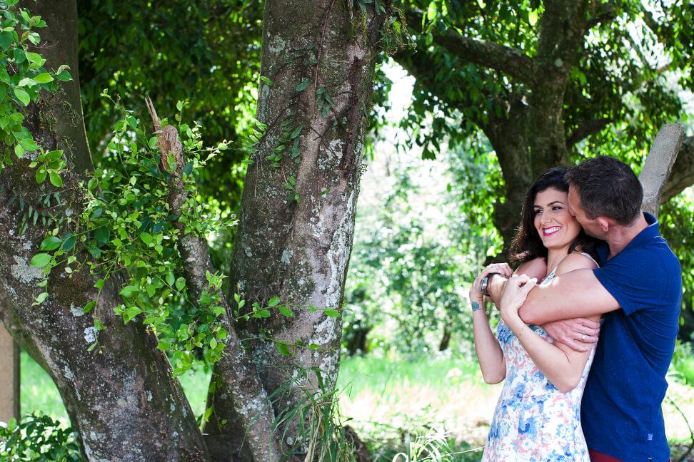 Fotografia Ensaio Fotografico Pre Wedding de Gabriela e Adriano fotografado na estrada das cabras na joaquim egidio campinas sao paulo valinhos vinhedo louveira jundiai itatiba americana indaiatuba