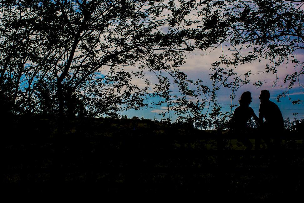 fotografia ensaio de noivos ao entardecer joaquim egidio campinas indaiatuba vinhedo itatiba americana louveira jundiai sousas souzas barao geraldo