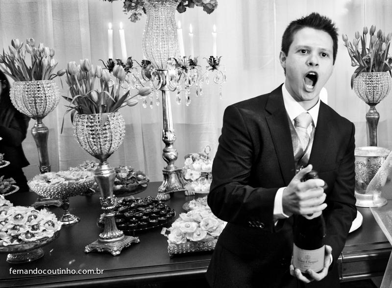 Brinde dos noivos, champanhe, champagne, estouro de champagne, taça, taça de cristal, emiçãao de noivoPrimeira dança, dança do casal, dança dos noivos, valsa do casal, valsa dos noivos, coreografia de noiva