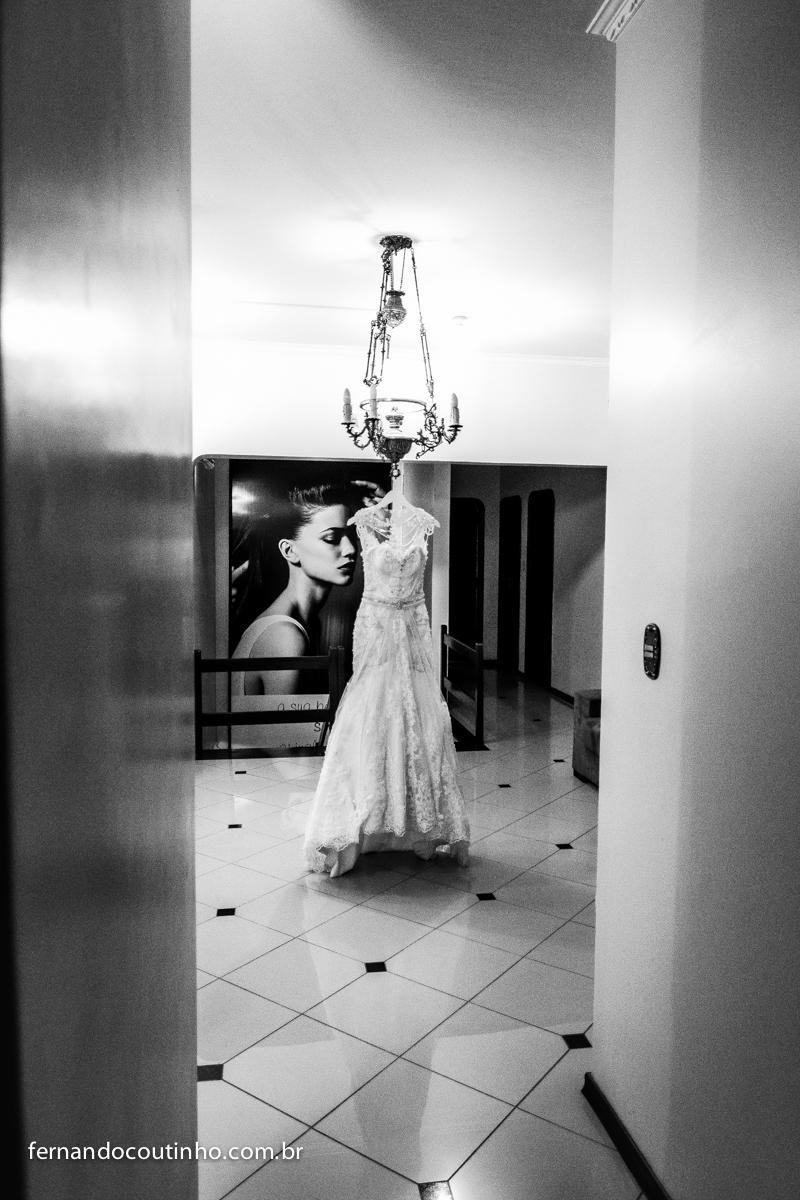 Cerimonial Rafael Alves, Making of, vestido dos sonhos, Igreja matriz de Itapira, Tenis Clube de Itapira, fernando coutinho, fotografia de casamento, fotografo de casamento, festa de 15 anos, eventos sociais, aniversarios, wedding photo, bride, casamento