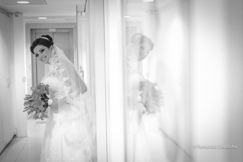 noiva pronta, noiva no espelho,Assessoria Completa, Balaguer Simões Special Events,Decorador Cerimônia,Santos Decorações,Músicos Cerimônia Art Encanto, Lola Flores,Iluminação Cênica, Valér