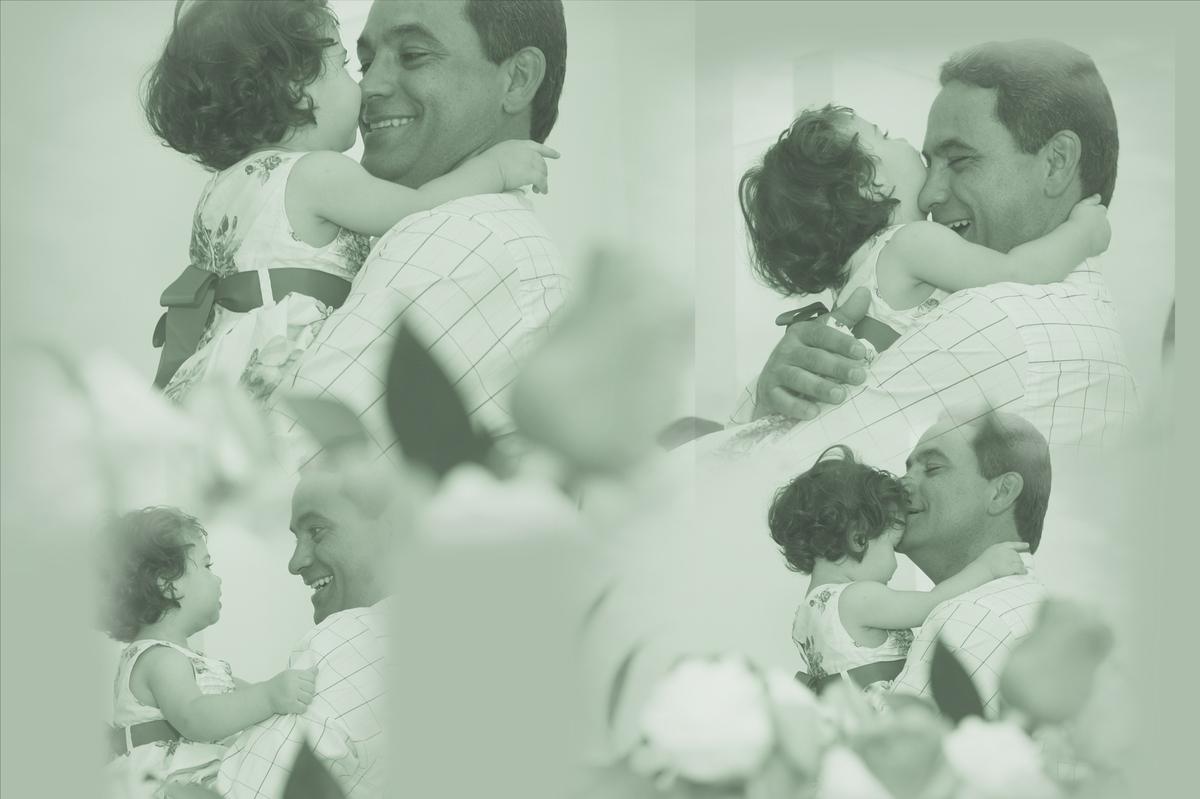 papai curtindo a princesa maria em seu primeiro aninho. fotos realizada pelo nico fotografo localizado na octogonal em brasilia. acompanhe seus trabalhos pelo site www.nicofotografo.com.br