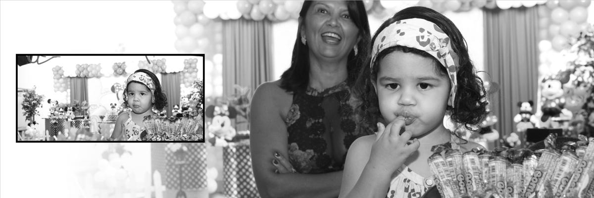preto e branco,ieda,doces,pirulitos,decoracao,festa infantil,crianca,nico,preto,parabens. olha a cara dessa avo com esse sorriso, mesmo em preto e branco a foto nao fez diferença a cor de sua alegria. parabens vovo.