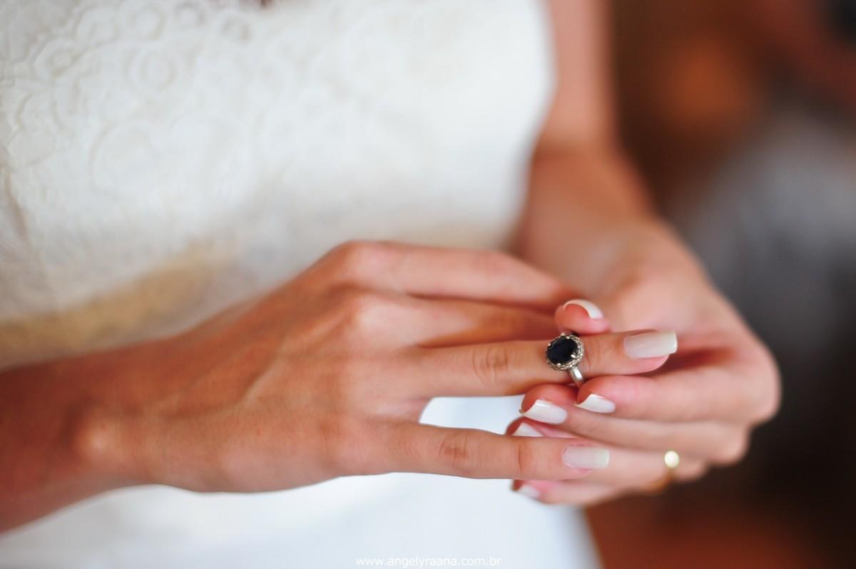 fotografia do making off da noiva para o casamento folk de dia na Barra da Tijuca RJ