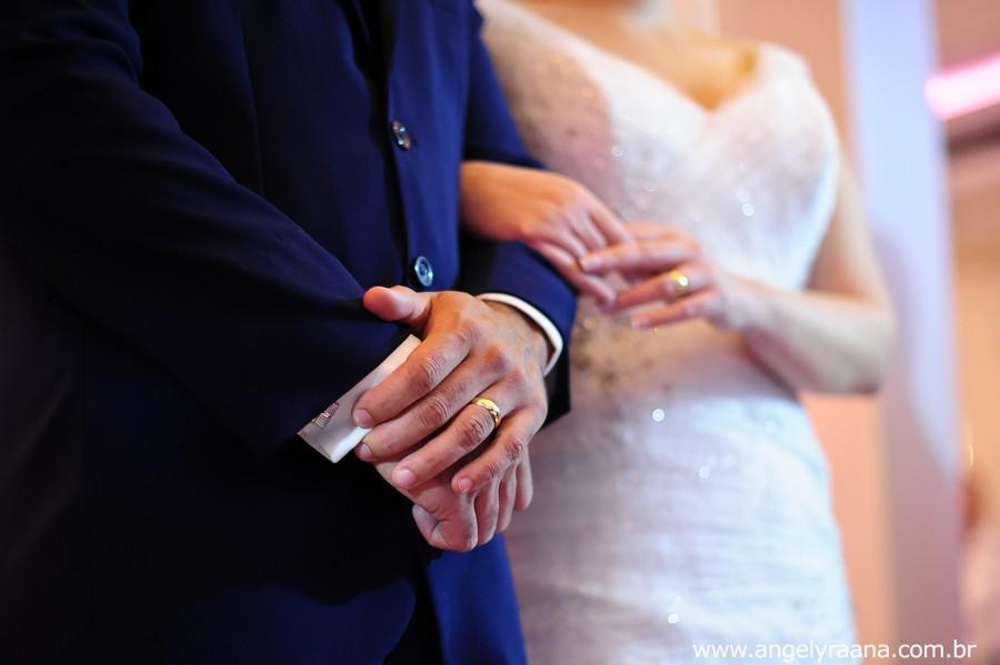 Cerimônia de casamento realizado no espaço de festa 1001 em São Gonçalo