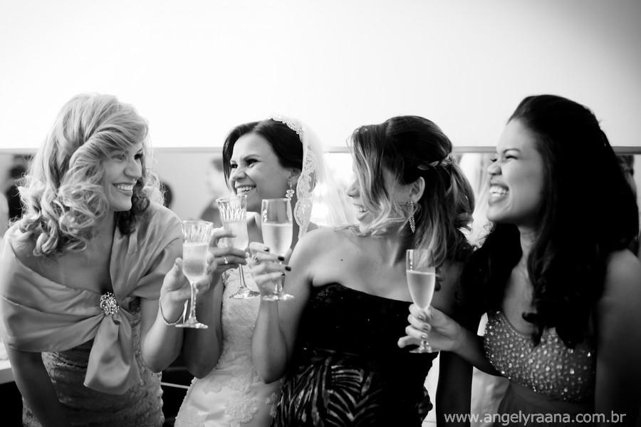 Vestido Noiva lindo, Mercure Orizzonte, Casório de dia, Casamento manhã, Igreja São Francisco, Casamento ao ar livre, Casamento Maricá, Ensaio de Noivos, Angely fotografa