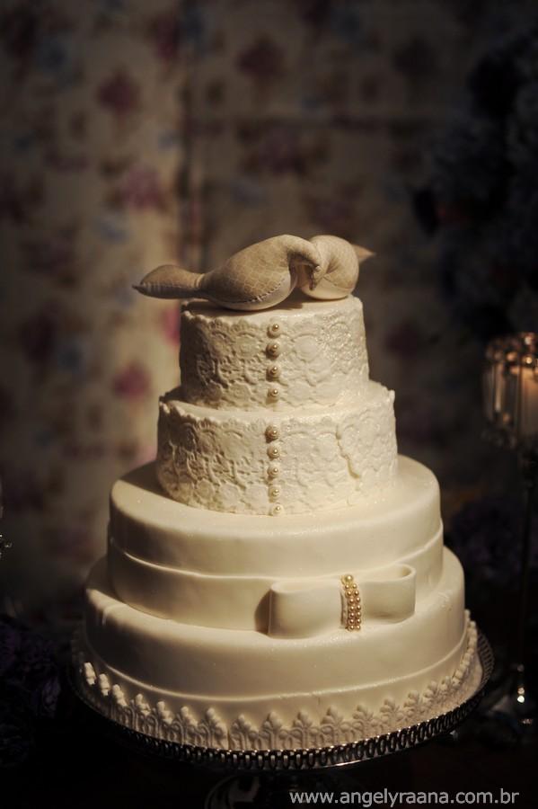 Vestido Noiva lindo, Mercure Orizzonte, Casório de dia, Casamento manhã, Igreja São Francisco, Casamento ao ar livre, Casamento Maricá, Ensaio de Noivos, Angely fotografa, bolo de casamento