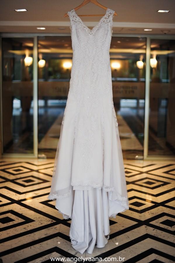 vestido de noiva lindo, casamento rj, casamento maricá, sheraton hotel, casamento dos sonhos, melhor fotografa de casamento niterói, igreja são pedro, aberema 7, noiva carioca, vestido noiva