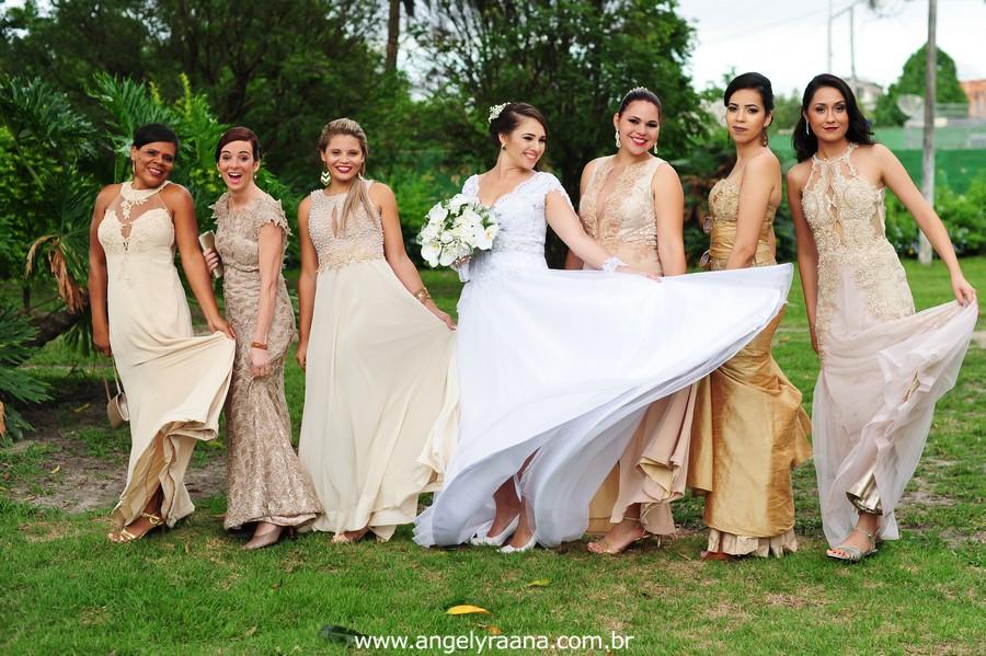 madrinhas de casamento no jardins do chalé em são gonçalo do casamento estilo diy folk de dia da vivan e thiago