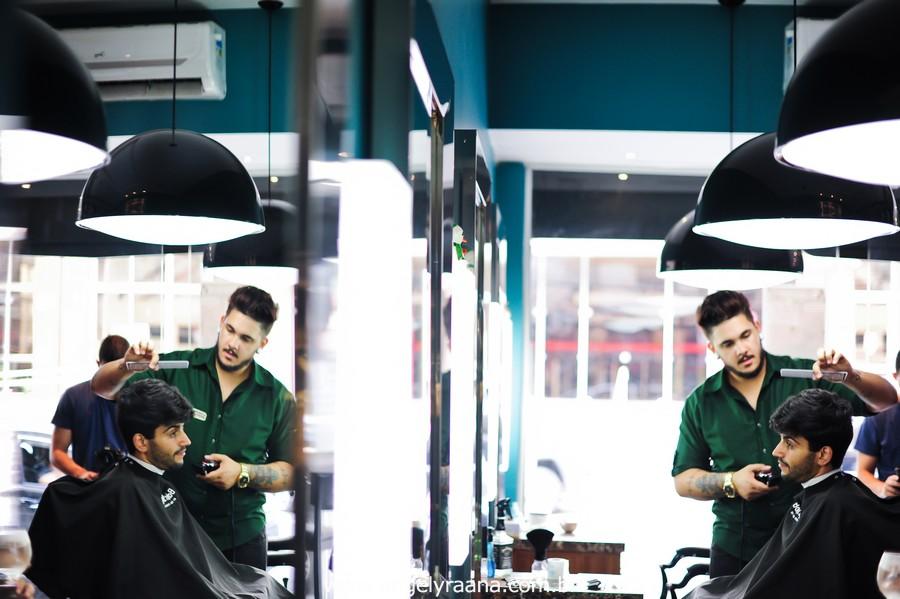 Making off Noivo no barber shop em Niterói -RJ fotografado por angely ráana fotografias cortando o cabelo