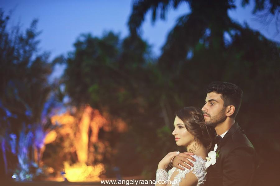 cerimônia de casamento e votos no jardins do chalé em são gonçalo do casamento estilo diy folk de dia da vivan e thiago