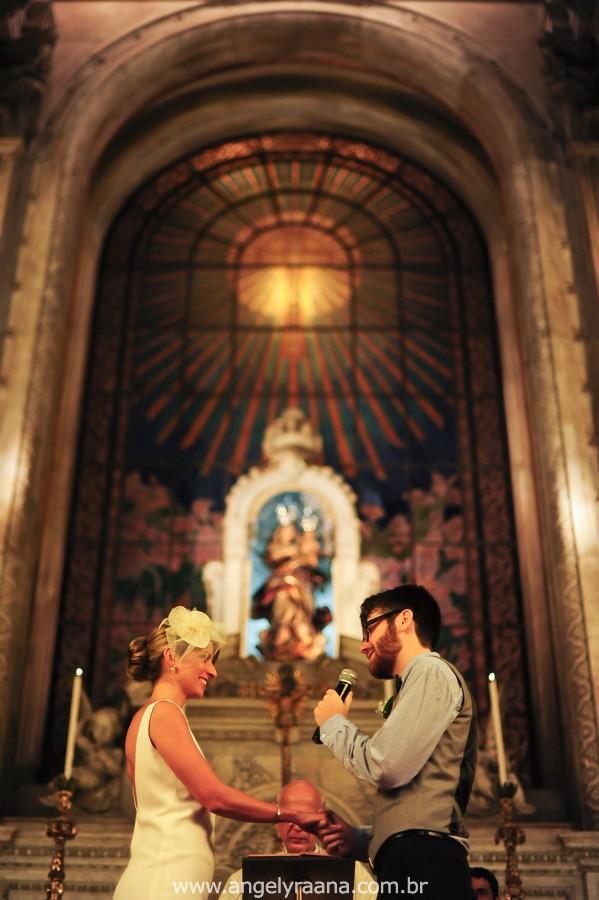 Vestido Noiva lindo, Candelária Casório, Casamento Sítio RJ, Casamento Sitio Niterói, Casório de dia, Casamento manhã, voilette, casamento candelária