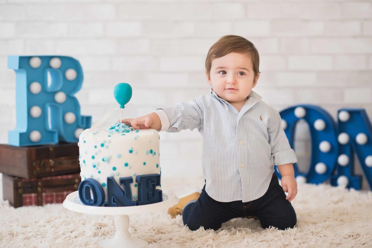 Ensaio LIFE {Birthday} - Estúdio - Smash the Cake - Aniversário - 1 ano - estúdio - bolo