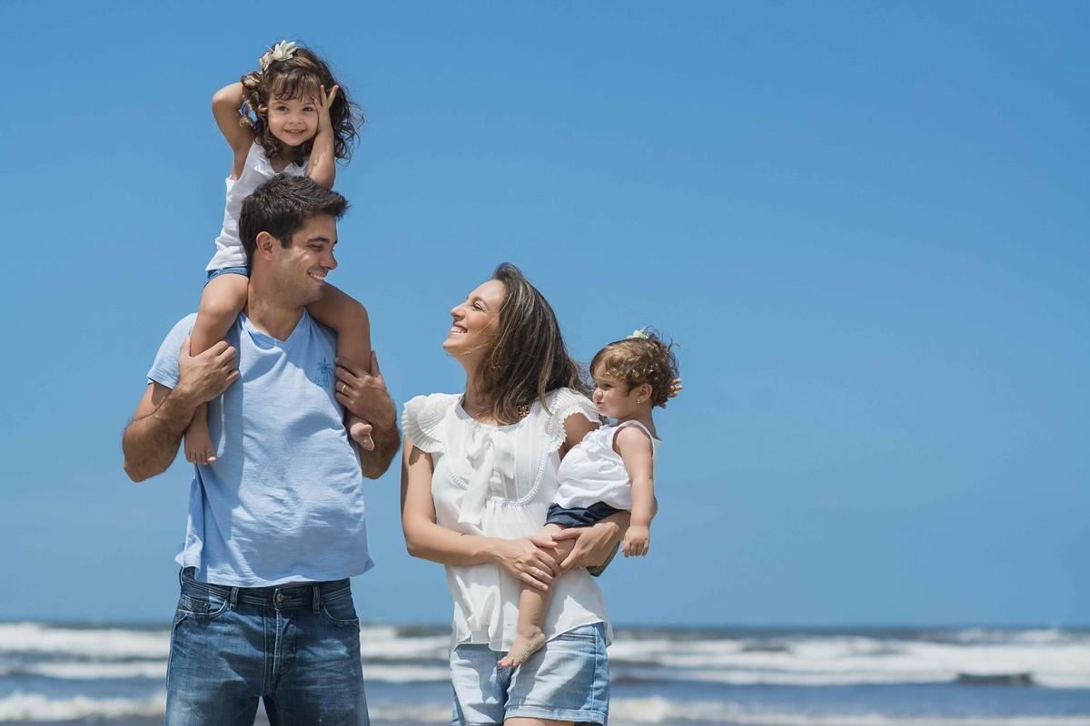 Ensaio Estúdio Life Familia - ensaio fotográfico família  - praia - irmãos