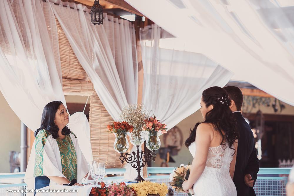 atenção dos noivos para com a celebrante