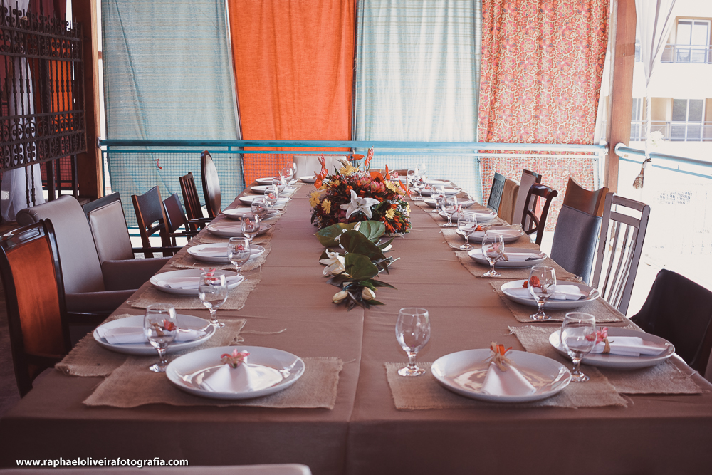 Mesa para os noivos e convidados