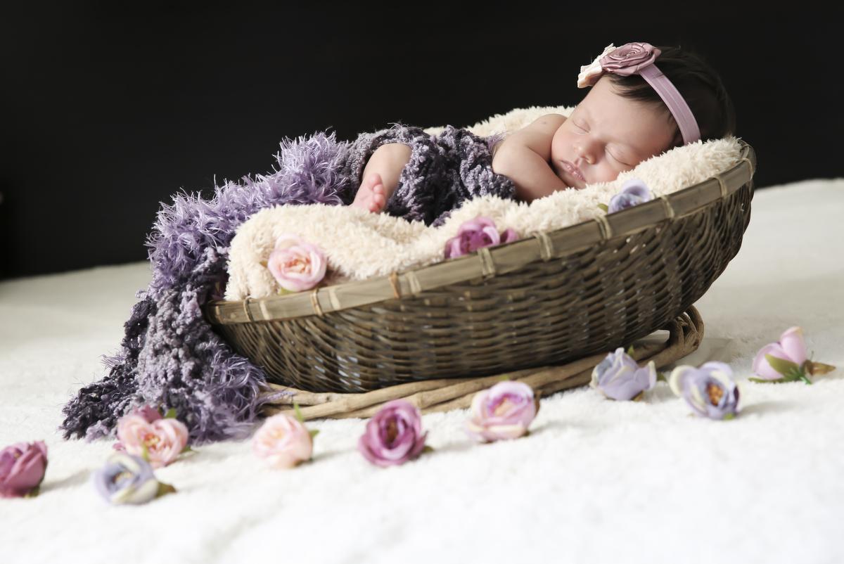 Recém nascido, fotos, fotografia, newborn, fotos newborn, bh, ivna sá, ivna as fotografia, ivna sá produção fotográfica, menina, newborn, newborn menina, belo horizonte